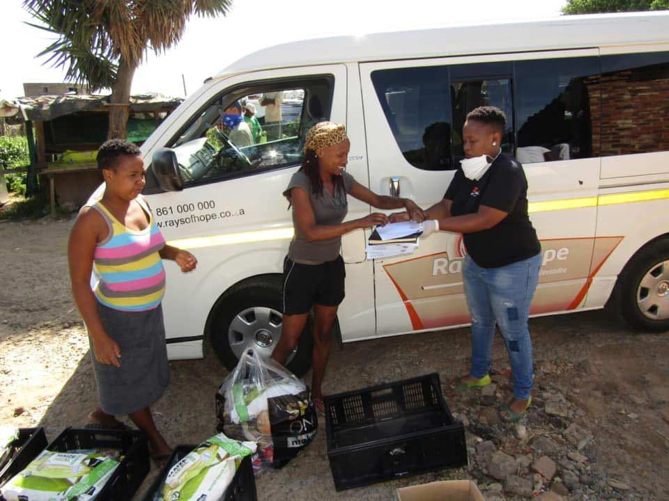 South-Africans-Helping